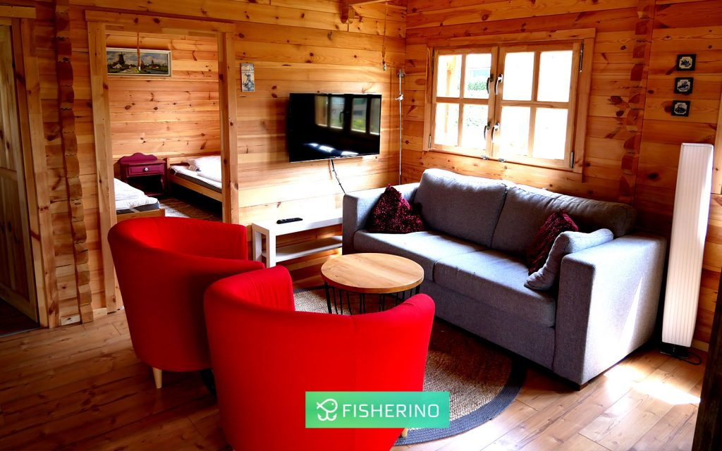 fisherino-in-sloten-bei-rheinlandboote-angelurlaub-familienurlaub-1024x640